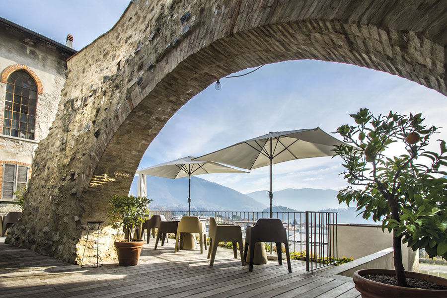 spazi esterni hotel la ripa bergamo
